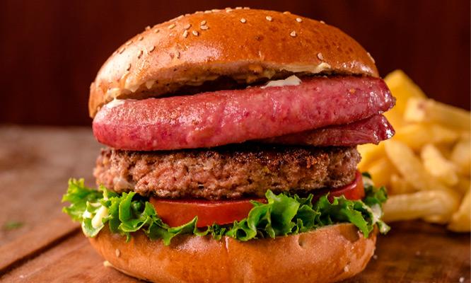 Hamburguesa a eleccion papas fritas bebidas delivery incluido en Big Pan