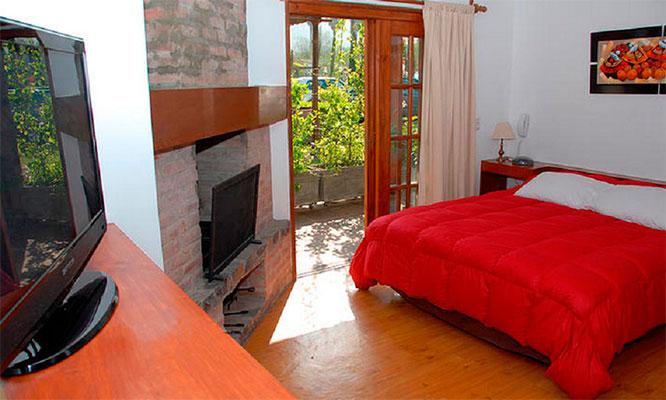 1 o 2 noches para 2 desayunos en Casa de Campo Bungalows & Suites Cieneguilla