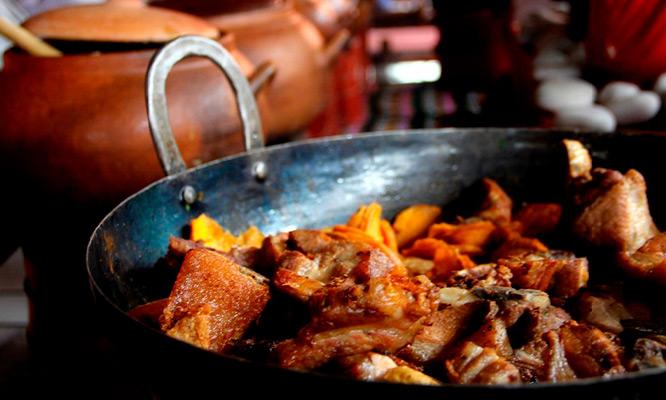 Kasamama Buffet criollo en local a eleccion Ven y come las veces que quieras!!!