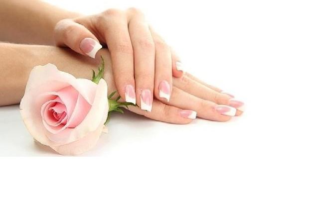 por uñas esculpidas de gel pintado 1 art en una uña