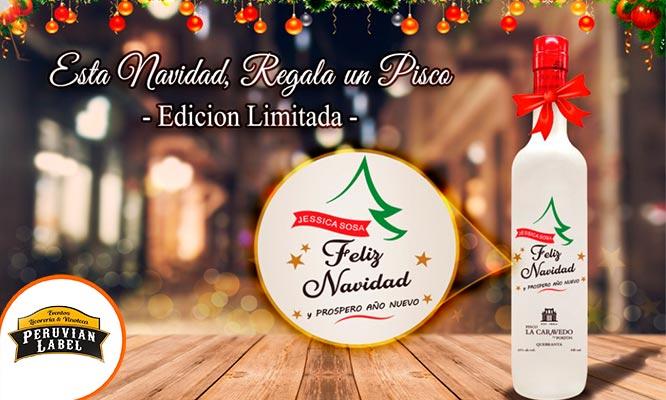Botella de Pisco La Caravedo con tallado bajo relieve