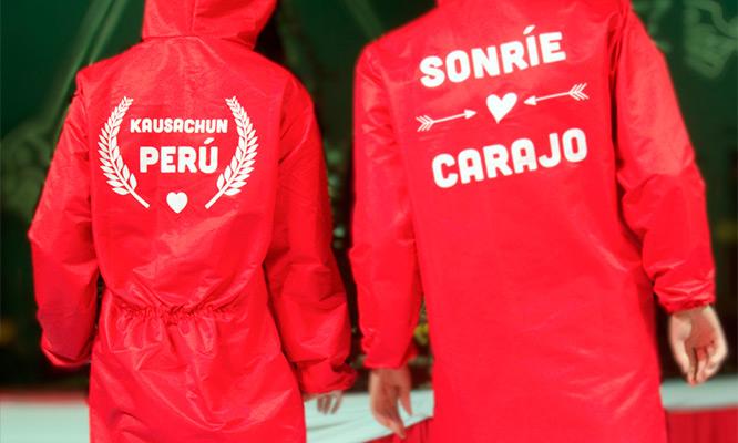Cubretodo Peruano Antifluidos de Taslan Engomado color rojo