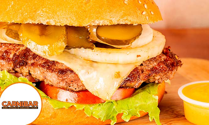 2 hamburguesas a elegir Rock bar Lucy Bar Champions Carnibar Ana Hawaiana en Carnibar