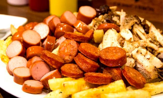 Festival de salchipapas gaseosa delivery
