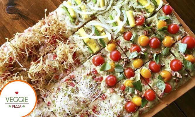 Pizza grande a eleccion bebidas en Veggie Pizza