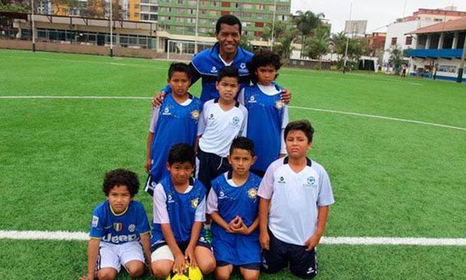 Entrenamiento funcional abocado al futbol en Academia del Diamante Julio Cesar Uribe