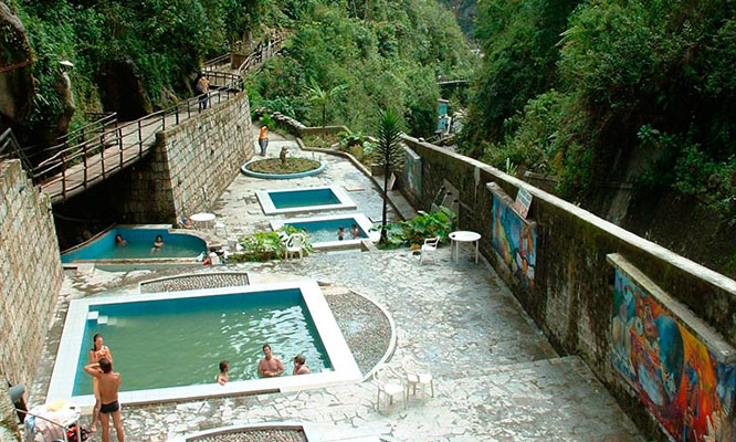 Tour en Machu Picchu y zona arqueologica de Aguas Calientes