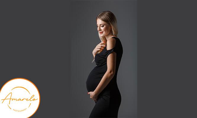 Sesion de fotos para embarazadas con colage y reel incluido con Amarelo Fotografia