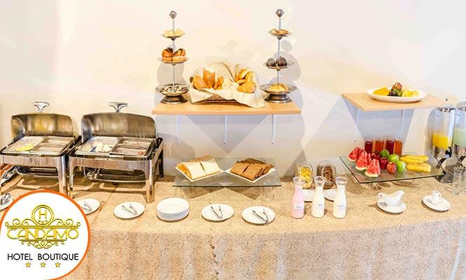 Noche romantica en hab matrimonial suite junior o Candamo desayuno buffet y mas