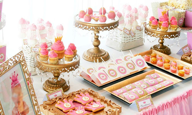 Dulces tematicos Candy Bar y torta Delivery