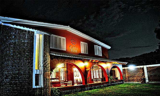Fin de semana para dos en Ica 1 o 2 noches desayunos Hotel Casa Sur