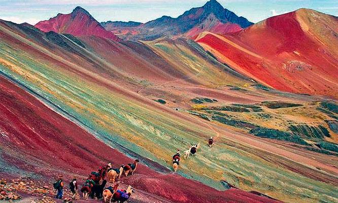Cusco full day a montaña de colores con trekking desayuno almuerzo guia y mas