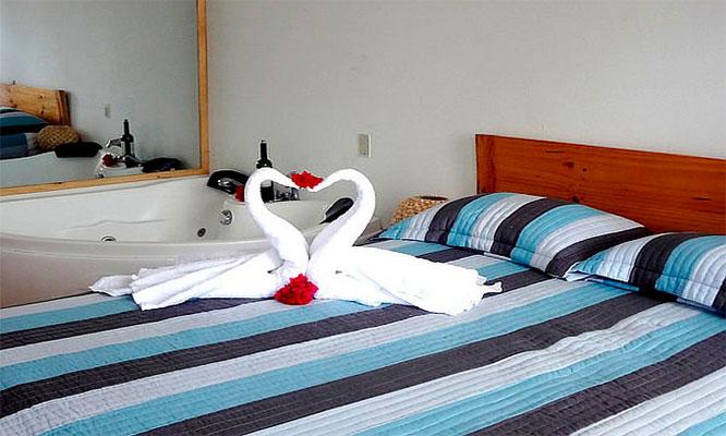 1 2 3 4 o 5 Noches en habitacion doble o matrimonial con opcion a sector