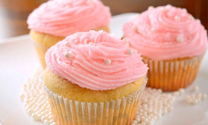 6 12 o 24 cupcakes con diversos tipos de cakes y rellenos a elegir