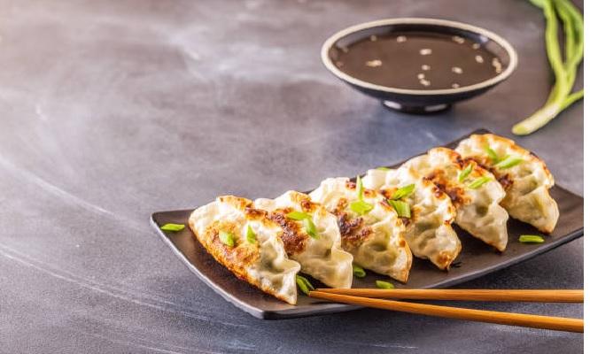 40 cortes de makis fusion a eleccion 6 deliciosas gyozas ¡Incluye delivery!