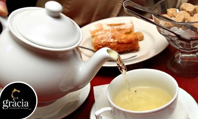 Tea Time para uno o dos jugo bebida minisandwichs y crepes