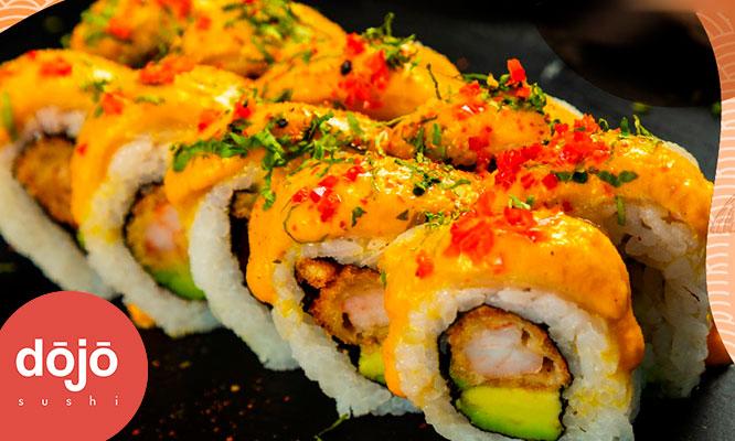 Barra libre de makis refill de bebidas en Dojo Sushi