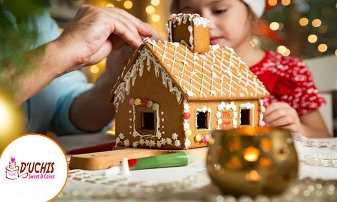 Casa navideña de jengibre entera o para armar en casa mediana con Duchis Cakes & Sweet