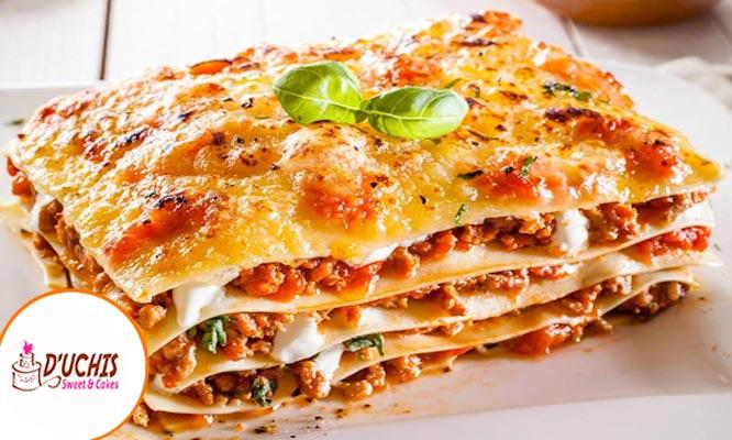 Lasagna de 1k a elegir delivery con D'Uchi Sweet & cakes