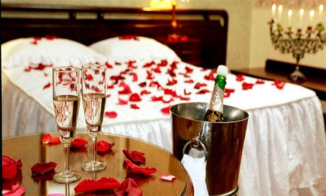 Noche romantica en habitacion suite con Jacuzzi o matrimonial decoracion y mas