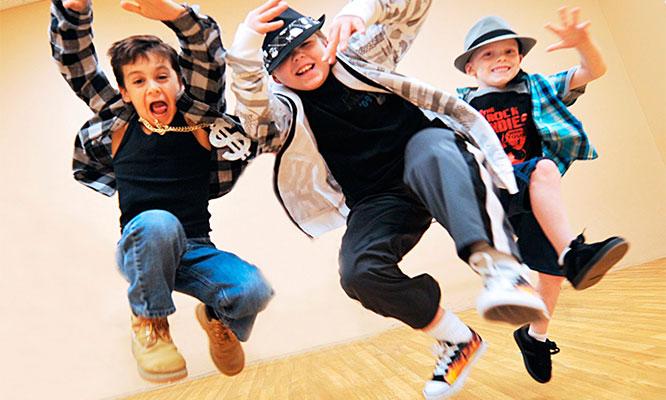 4 u 8 clases de danza para chic@s de 5 a 10 años en Escuela D'Art