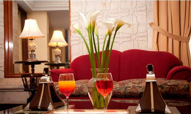 Noche romantica para dos en habitacion matrimonial