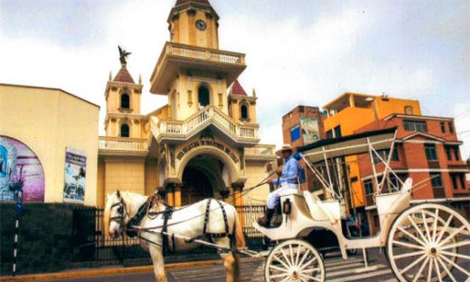 Full Day Caral - Laguna encantada - Huacho transporte tour y mas