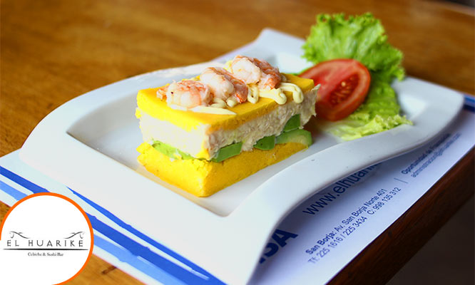 Banquete Huarike para 2 personas piqueo entrada fondos
