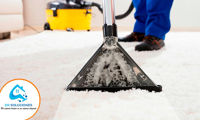 Lavado a presion desinfeccion a vapor de alfombra decorativa