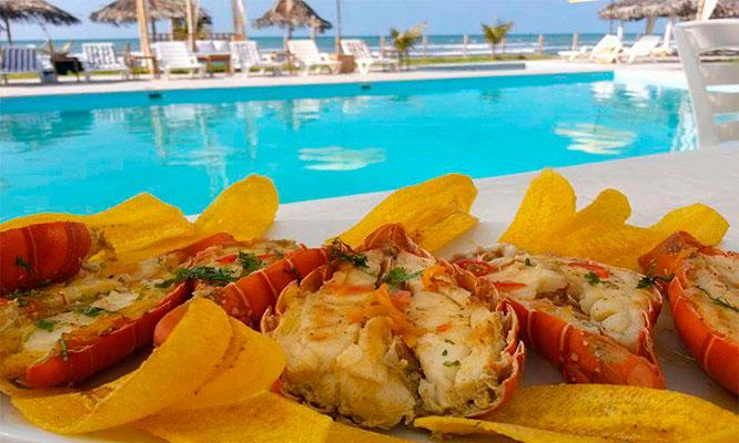 Zorritos 1 2 o 3 noches para dos desayunos en Kapraia Suites Hotel