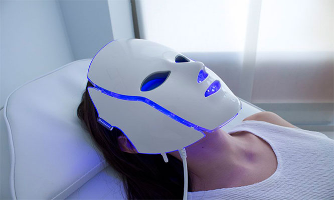 Rejuvenecimiento facial antimanchas o antiacne con LED evalucaion y mas