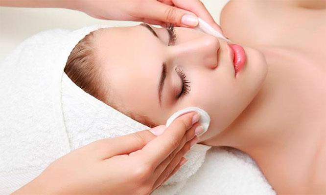Limpieza y rejuvenecimiento facial profundo Depilacion con IPL y mas