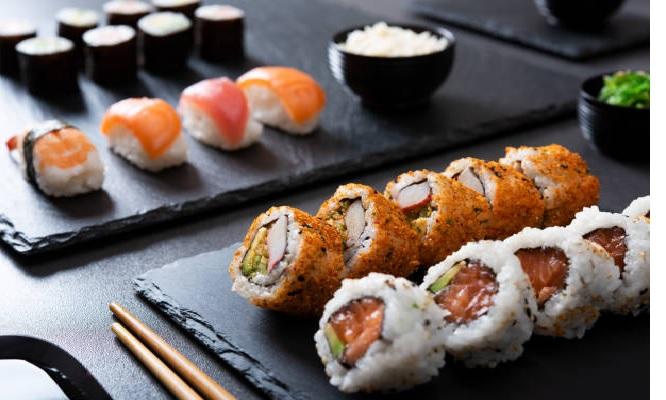 ¡All you can eat de makis gyozas y yakimeshi ! ¡Valido de lunes a domingo! ¡Cupon movil!