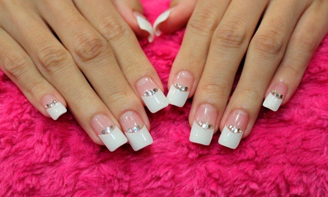 Manicure Uñas Acrílicas O Gel Pintado De Uñas Pestañas 1 X 1