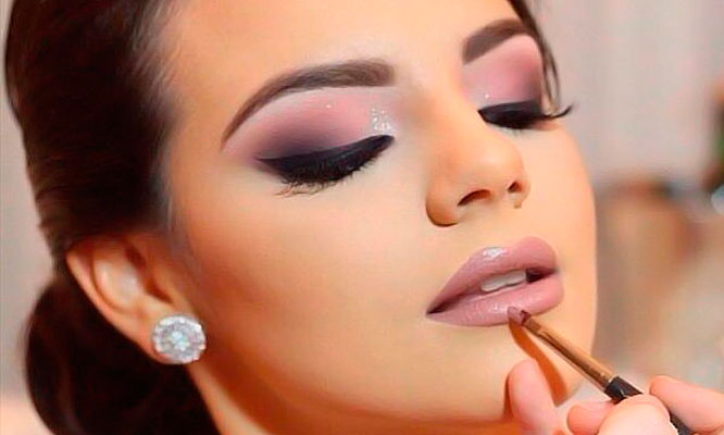 Maquillaje professional en rostro completo limpieza facial express
