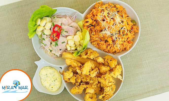 Trio Marino (Ceviche de pescado arroz con mariscos chicharron de calamar)