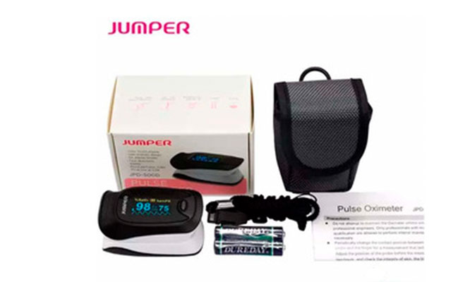 Pulxiosimetro medidor de oxigeno marca Jumper la mas usada