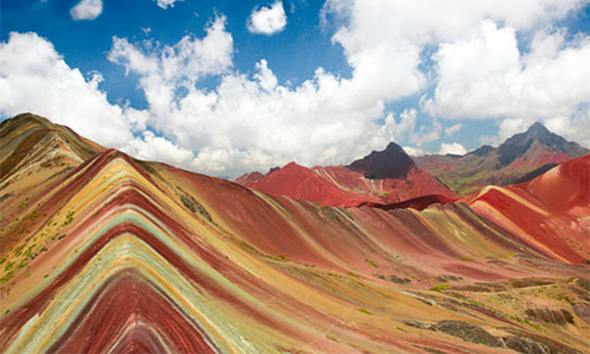 Full Day Motaña de colores Palccoyo en Cusco Valle de Piedras y mas