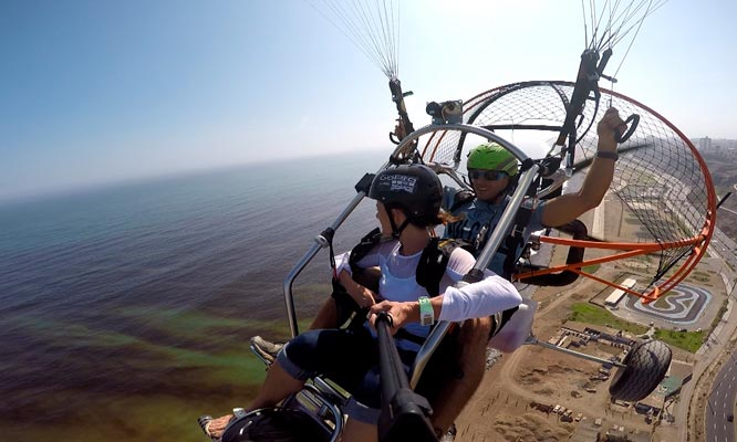 ¡Espectacular vuelo en Parapente en 4 Playas del Sur de Lima Video incluye movilidad!