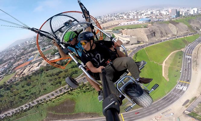 Vuelo en Parapente en Playas del Sur Video en Full HD ¡Full adrenalina!