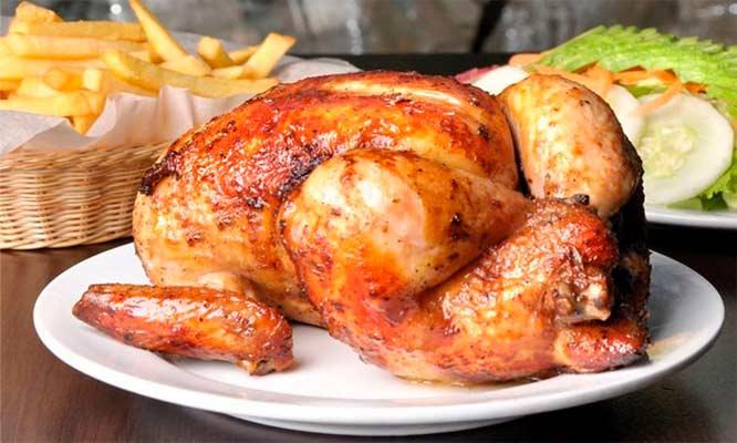1/2 o 1 pollo segun elijas papas ensalada y mas en Villa Castilla