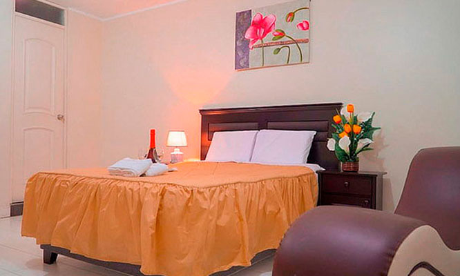 Noche Romantica Vino en Hotel Golden Dreams