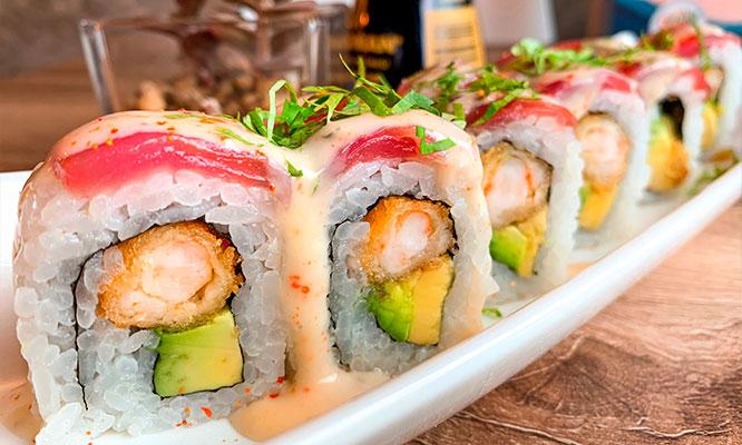 Barra libre de makis maki helado tempurizado 1 bebida de 500ml en Sushi Studio