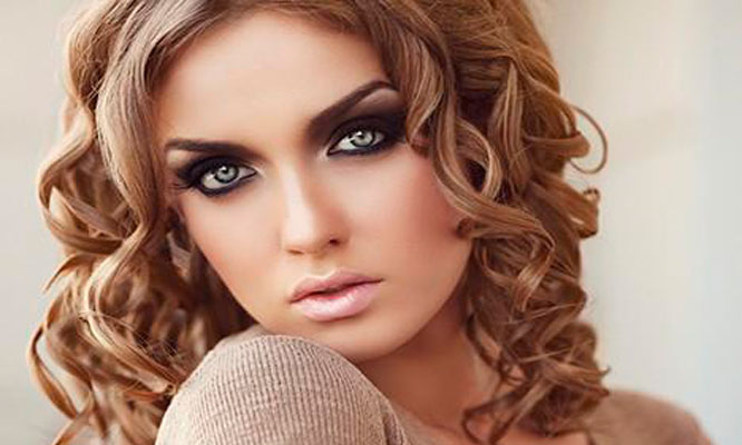 Tinte o iluminacion o rayitos todo largo de cabello cepillado o planchado