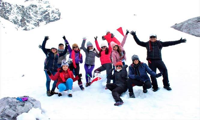 2D/1N Trekking al Nevado Rajuntay - Caminata sobre nieve con turisventura