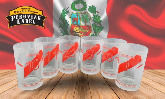 Vasos mundialistas serigrafiados con nombre y numero de jugadores peruanos