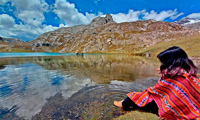 Full Day Canta/Cordillera de la viuda laguna 7 colores y mas ¡Fiestas Patrias!