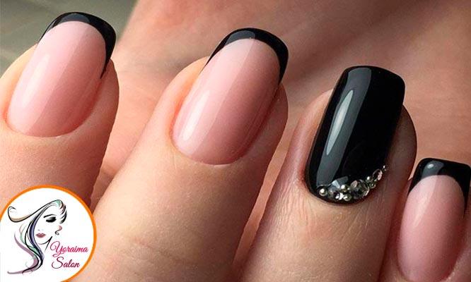 Manicure con Cristal decorativo exfoliacion hidratacion y mas