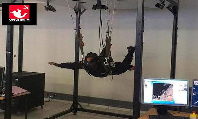 01 Sesion de salto en el primer simulador de Latinoamerica en Plaza Norte